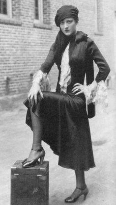 joan crawford 1920s flapper