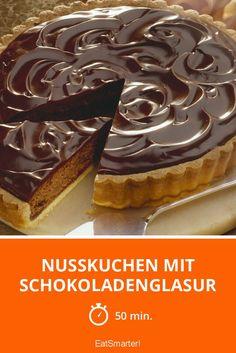Nusskuchen mit Schokoladenglasur - smarter - Zeit: 50 Min. | eatsmarter.de