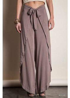 how to make thai fisherman pants pattern Sewing Clothes, Diy Clothes, Sewing Pants, Mode Outfits, Casual Outfits, Thai Fisherman Pants, Wrap Pants, Boho Pants, Comfy Pants