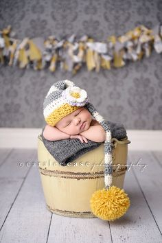 newborn photography colour scheme