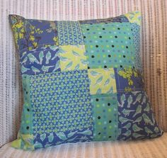Sewing Cushions Birdy patchwork cushion cover nice arrangement of shapes - Patchwork Cushion, Patchwork Baby, Patchwork Patterns, Patchwork Designs, Quilted Pillow, Cushion Cover Pattern, Cushion Covers, Blue Cushions, Appliques