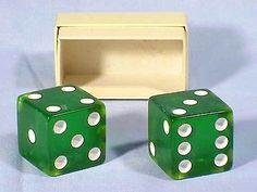 """Vintage Boxed Pair of GREEN BAKELITE 1-1/8"""" DICE"""