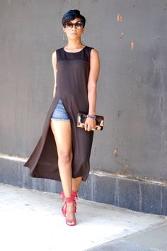 Showing a lil' leg ain't never hurt nobody! Do it with Style!!  What does Style mean to you?! I wanna know!  xx HAVE FUN IN YOUR CLOSET! I'M WEARING: Black Tunic | F21 Shorts | Fringe Heel | Michael