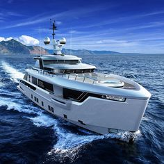 Dynamic Global 330 Yacht Makes Use of Bentley Aesthetics Luxury Sailing Yachts, Big Yachts, Small Yachts, Yacht Design, Boat Design, Super Yachts, Explorer Yacht, Dj Photos, Life Aquatic