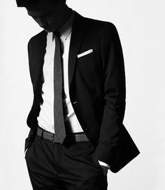 Super frank miller w/ a tuxedo very very statuesque feeling Merde! - Fashion photography