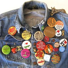 Buttons and Pins - 80s Vintage Fashion Inspiration...I used to have one just like this...lol