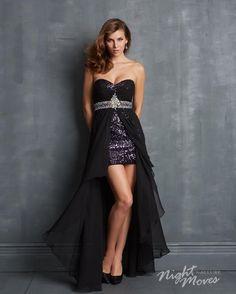Foto 45 de 48 Mini vestido en sequin de color negro y sobrefalda en chiffon.   HISPABODAS