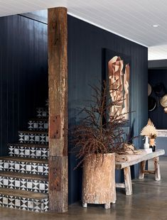 A 'Colorado Ranch House' In Brunswick Heads (The Design Files) - Modern Home Interior Design, Interior And Exterior, Living Room Interior, Dark Living Rooms, Interior Paint, Modern Interior, Dark Interiors, House Interiors, Rustic Home Interiors