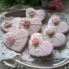 Gingerbread keepsake hearts cookies