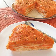 Esta tarta de zanahorias y coco es una receta muy antigua de mi abuela que siempre preparábamos de pequeños con ella. Es muy fácil para montar y hacerla con los niños.