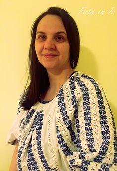 - Fata cu ie Sari, Fashion, Saree, Moda, Fashion Styles, Fashion Illustrations, Saris, Sari Dress