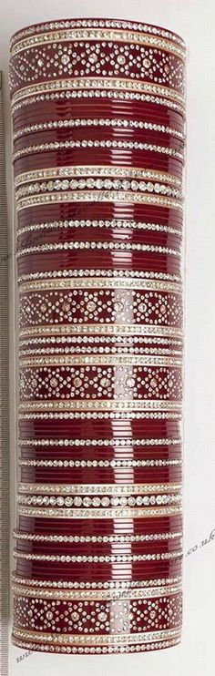 CHURIYAN BANGLES INDIA BRACELET BAUBLE COLORFUL CHOODI KARA CHOORI CHURI KANGAN CHUDI VALAYAL GAAJU BALE CHURA