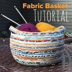 Fabric Basket Tutorial by Stitch Supply Co - Diy Fabric Basket Fabric Bowls, Fabric Yarn, Fabric Scraps, Fabric Weaving, Rope Basket, Basket Weaving, Rope Crafts, Diy Crafts, Fall Crafts