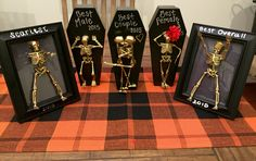 My first pin from my own self. Easy DIY dollar store costume contest trophies for Halloween!