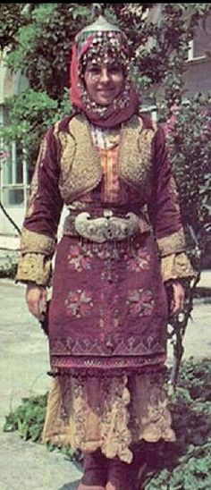 (Authentic) bridal/festive costume of some Türkmen villages in the province of Manisa.  1930-1950.  These costumes were so massively produced and used, that some folkorist groups can still wear them during important appearances and folk dance competitions.