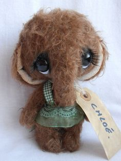 Elephant Artist bear ooak by Sylvie Touzard. $143.00, via Etsy.