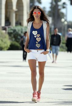 Alessandra Ambrosio summer street style with white shorts.
