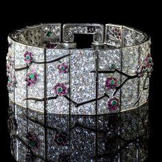 Circa Via Diamonds in the Libra Tendance & idée Bracelets Description Art Deco Cartier cherry blossom bracelet. Circa Via Diamonds in the Library. Bijoux Art Deco, Art Deco Jewelry, Fine Jewelry, Jewelry Design, Glass Jewelry, Geek Jewelry, Designer Jewelry, Jewelry Ideas, Jewlery