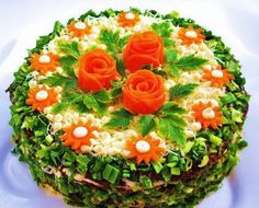 How to cook the recipe salad cake chicken liver Sandwich Torte, Salad Cake, Creative Food Art, Party Sandwiches, Food Carving, Food Garnishes, Garnishing, Chicken Livers, Food Decoration