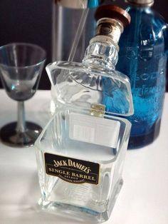 Joyero hecho de botella