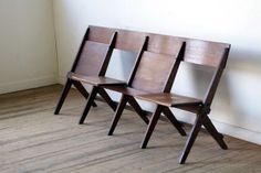 イギリス製アンティークシネマシーター映画館の椅子。