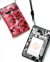 Today's Hot Pick :Python Card Wallet Necklace http://fashionstylep.com/SFSELFAA0003447/niki0001en/out [Bloody Cat] Bloodycat is a Korean brand which is selling a variety of rock and roll style clothing and accessories. We design unique and funky style that everyone can enjoy and ship all over the world. If you have any questions regarding our product, please feel free to send us a message on Amazon. Size Info (inch) The size may differ by 0.4~0.8 inches depending on measurement methods.