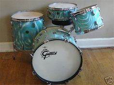 Gretsch Drums, Vintage Drums, How To Play Drums, Drum Kits, Guitars, Instruments, Aqua, Satin, Cool Stuff
