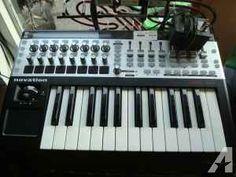 NOVATION 25SL MKII MIDI KEYBOARD CONTROLLER - $160 (Colchester)