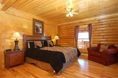 Mountain View Retreat- Large bedrooms with king beds www.tennesseecabinrentalllc.com