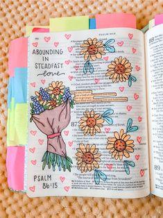 Bible Study Notebook, Bible Study Journal, Scripture Study, Bible Art, Bible Drawing, Bible Doodling, Cute Bibles, Bibel Journal, Bible Notes