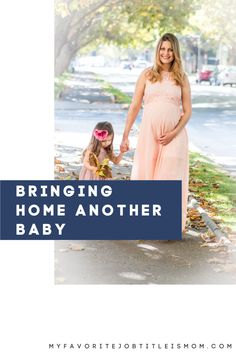 Bringing home a second baby will result in a learning curve for the entire family. These tips help make the transition smoother. Pregnancy First Trimester, Second Trimester, Trimesters Of Pregnancy, Early Pregnancy Signs, Pregnancy Tips, Second Baby, First Baby, Earliest Pregnancy Symptoms, Postpartum Belly
