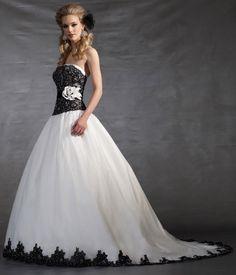 Just In! - Gown Spotlight  Magnolia Bridals #5012 www.bridaloutletofamerica.com
