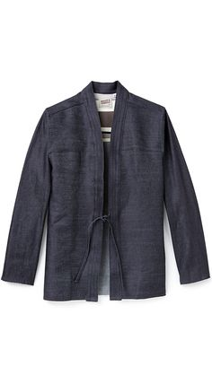 As with the ethos of Naked and Famous they have released another Kimono shirt, cut from Japanese selvedge denim and crafted in the oldest shirt factory in North America. The open front secures with. Kimono Shirt, Haut Kimono, Kimono Jacket, Shirt Jacket, T Shirt, Japan Fashion, Mens Fashion, Fashion 2016, Style Asiatique