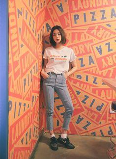 Korean Fashion – How to Dress up Korean Style – Designer Fashion Tips Ulzzang Fashion, Asian Fashion, 90s Fashion, Fashion Beauty, Girl Fashion, Fashion Outfits, Womens Fashion, Street Fashion, Korean Hairstyles Women