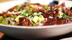 Eén - Dagelijkse kost - coleslaw met witloof en gelakt spek | Eén Belgium Food, Coleslaw, Healthy Recipes, Healthy Food, Chili, Food Porn, Soup, Beef, Meals