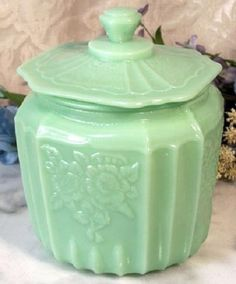 Jadite cookie jar- I have this piece and it's my favorite out of all my jadeite!