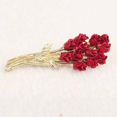 Dozen Red Roses Brooch DM©97 Bouquet Powder Spray Gold Flower
