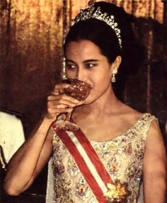 LONG LIVE HER MAJESTY THE QUEEN OF THAILAND