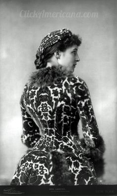 Photo: Lily Langtry in 1882, taken by American photographer Napoleon Sarony in New York.