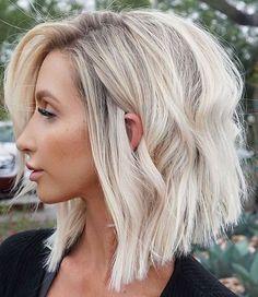 Honey Blonde Hair, Blonde Hair Looks, Balayage Hair Blonde, Ombre Hair, Blonde Short Hair, Lob Hairstyle, Lob Haircut, Bob Haircut For Fine Hair, Pelo Bob