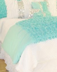 Glitz and Glamour Turquoise Bedding for Girls and Teens ----Not just for kids and teens cuz I'm 37 and I want it. Love the colors and sparkle.