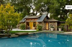 House and pool and open to the world