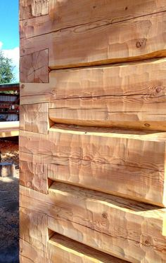 From log carvings to commanding timber gates, building a log home gives you many. - From log carvings to commanding timber gates, building a log home gives you many… - Small Log Cabin, Log Cabin Homes, Log Cabins, Timber Frame Homes, Timber House, Construction Chalet, Casa Dos Hobbits, Timber Gates, Timber Buildings