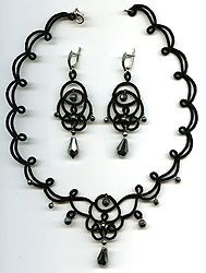 "Lace necklace and earrings - frivolite:: A lace ""frivolite"" of Elena Ignatova, master of folk creation, Ukraine, Kharkov :: Jewellery knot shuttle lace of frivolite (schiffchenspiize), ear-rings, bangles, necklace, natural stone and skin with a lace, style ""The Gothic Black-art"""