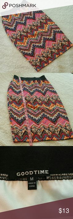"""""""Goodtime"""" Midi Skirt. Size Small. Super cute midi skirt by Goodtime. In very good used condition. No holes, pills, pulls, snags, or stains. Size on tag is Medium but it fits more like a Small. Please see pics for approx. measurements. Elastic waistband easily stretches to 15""""/16"""". Goodtime Skirts"""