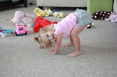 My Lil' Yoga Master: Easy and fun yoga moves for your toddler! (Way more fun than playing with toys!)