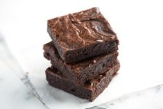 How to Make Brownies from Scratch -  Easy Brownie Recipe from www.inspiredtaste.net - How to make brownies from scratch that are better than the box. Easy chocolate brownie recipe with cocoa powder.