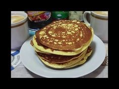 Flourless Pancakes - The Ketogenic Diet Healthy Cooking, Healthy Snacks, No Sugar Diet, Keto Pancakes, Diet Plan Menu, Cookies Et Biscuits, Perfect Food, Food Menu, Low Carb Recipes