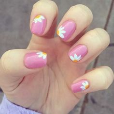 20 couleurs de vernis à ongles tendance 2018 The Effective Pictures We Offer You About spring nails blue A quality picture can tell you many things. You can find the most beautiful pictures that can b Daisy Nails, Flower Nails, My Nails, Nails 2017, Daisy Nail Art, Nails With Flower Design, Nail Flowers, Grow Nails, Jamberry Nails
