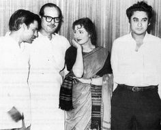 Madhubala and Kishore Kumar Cinema Actress, Indian Film Actress, Old Actress, Indian Actresses, Bollywood Wedding, Vintage Bollywood, Asian Photography, Kishore Kumar, Indian Star